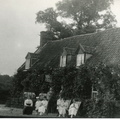 The Hero Inn: publican Ernest Holding and family, with a man in uniform, possibly 1916