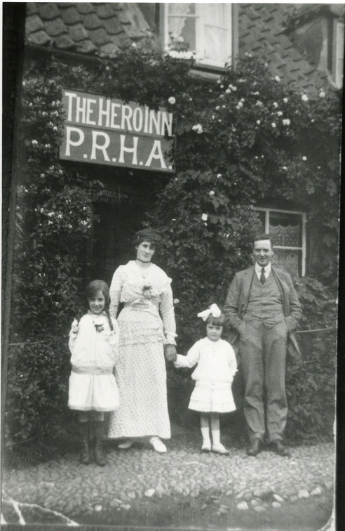 The Hero Inn: landlord, landlady and two small daughters