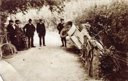Car crash by an ornamental bridge, 1910s-1920s