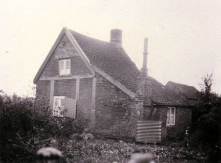 "Cottage behind bungalow ""Arline"", The Street, 1950s."