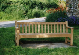 Memorial seat to Antoinette and Andrew Symington, 1997