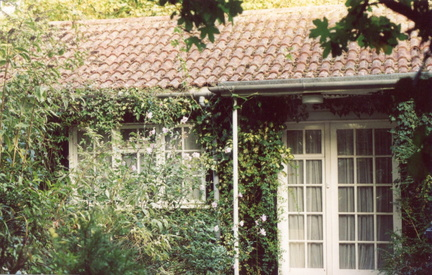 The Bungalow, Church Lane, 2003, now replaced by Flint Corner.