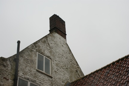 Ivy Farm: date from gable end 1670-1720 (chimney later)