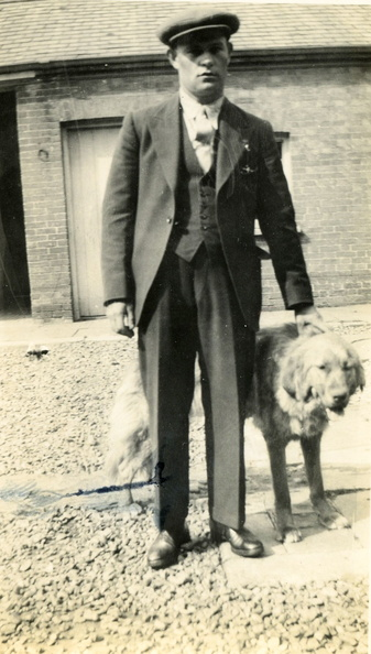 Reggie Ayres with dog